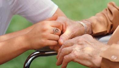 """Ancianos: de la """"invisibilidad"""" a la vida con calidad"""