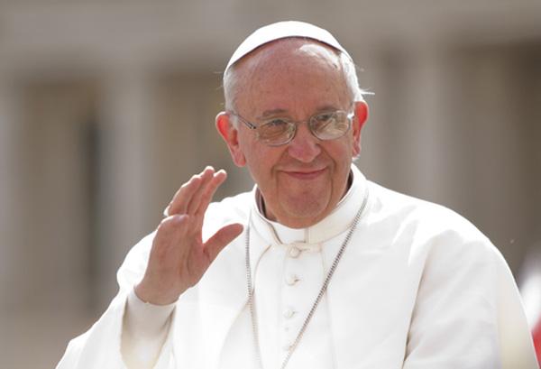 Francisco: el lenguaje de un corazón evangélico e ignaciano