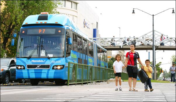 """¿Transporte """"público""""? No, negocio privado"""