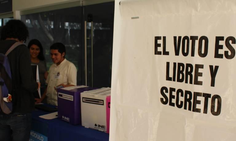 Participan más estudiantes en elección