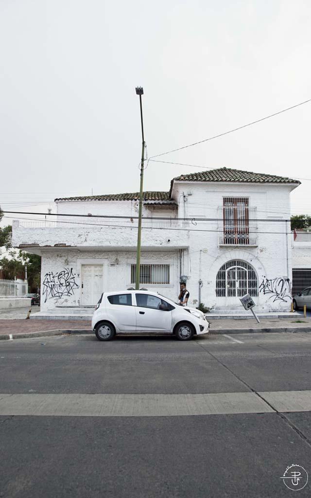 Casa Av de la Paz #1923