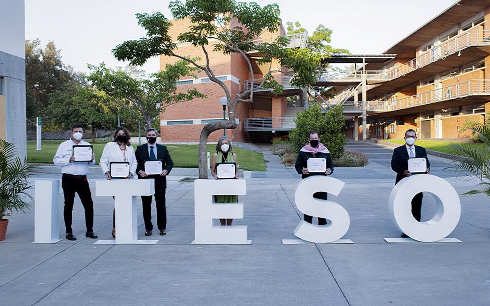 Profesores del ITESO son reconocidos por su día